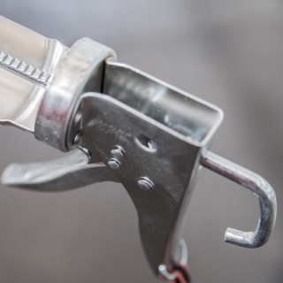 Caulking gun chrome