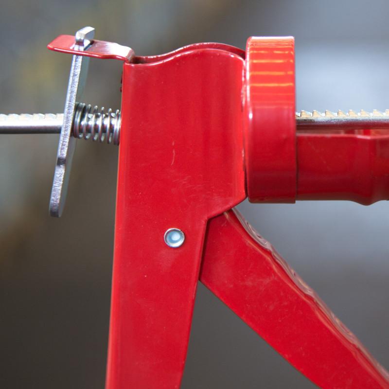 Caulking gun dented rod